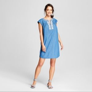 Knox Rose chambray embroidered dress